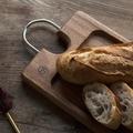 料理メニュー写真バケットはKUKKIA工房の自家製天然酵母バケットです