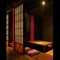 【2階フロア】掘りごたつ個室4名様×1室。8名様×2室。