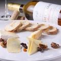 料理メニュー写真フランス産 チーズ盛り合わせ