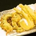 料理メニュー写真沖縄天ぷらの盛り合わせ