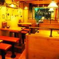 開放感あふれるお席はパーティーやご宴会などに大人気!スペース貸切は18名様~最大25名様までOK♪