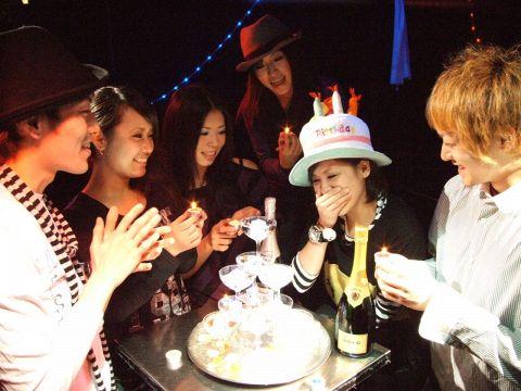 20名~のパーティーで豪華シャンパンタワーが無料で楽しめちゃう!!