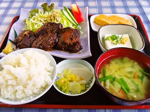 松の家食堂