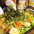料理メニュー写真カリカリじゃこと豆腐の梅サラダ