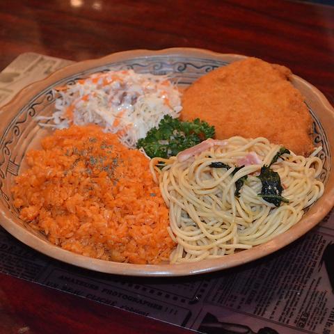 Swing Duckオリジナル4種のお料理がプレートセットに★Duck Lunch Aコース 1000円(税込)