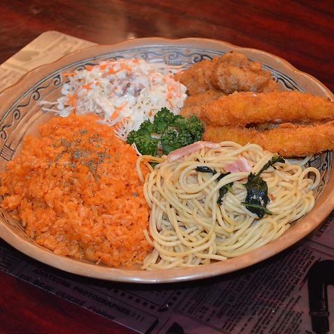 Swing Duckオリジナル5種のお料理がプレートセットに★Duck Lunch Bコース 1000円(税込)