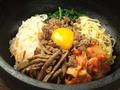 料理メニュー写真石焼ビビンバ (スープ付)