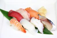 毎週日曜日はにぎり寿司半額