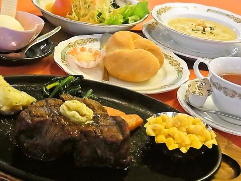 高森牛が自慢の老舗ステーキハウス。パンやデザートなど手作りのおもてなしもGOOD!