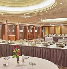 宴会場 ザ ロイヤルパークホテル 広島リバーサイドの雰囲気1