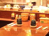 八食市場寿司の雰囲気3