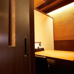 ゆったりテーブル席もご用意♪扉や仕切りのついた個室タイプののお席です!!