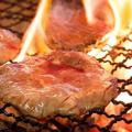 料理メニュー写真厚切り牛たんの炭火焼き (3~4枚)