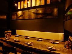 奥のテーブル席は接待や会食でのご利用にも最適です。