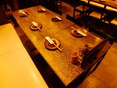 銘酒地酒と本格地鶏串焼きを堪能できるコースもございます。ご宴会にも◎