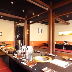 米沢牛 炭火焼肉 上杉 浜松・根上り松店の雰囲気1