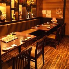 大人数でもゆったり寛げるテーブル席です!海鮮居酒屋 はなの舞 浦和東口店