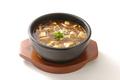 料理メニュー写真麻婆豆腐土鍋仕立て