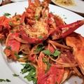 料理メニュー写真オマール海老と渡り蟹の濃厚なトマトソース