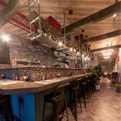 【バル使いのカウンター席】人気の前菜とクラフトビールをバル感覚でお楽しみください