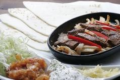 料理メニュー写真ビーフファヒータス