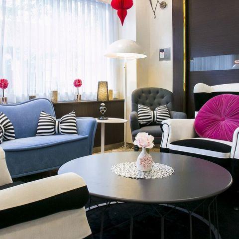 おしゃれな店内で、ちょっと贅沢にお食事を!ホテルレストランだからできる洗礼された空間でお食事をお楽しみください!