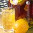 【自家製漬け込みハイボール】人気No.5は、オレンジハイボール!爽やかな甘さと酸味が美味しい、飲みやすいハイボールです♪