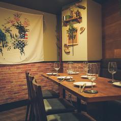 個室肉バル 山小屋 Root7合目 銀座コリドー街店の雰囲気1