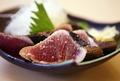 料理メニュー写真カツオの塩タタキ海洋深層水塩仕立て