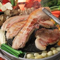 韓国創作サムギョプサル 雪姫亭のおすすめ料理1