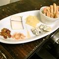 料理メニュー写真スペイン産チーズ 1~3種