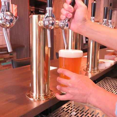 下町門前仲町で国産クラフトビールが常時 8種類楽しめるビアバー。料理も充実!