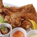 料理メニュー写真名物!旨唐揚げ 菜・彩・鶏の『皇帝ザンギ』