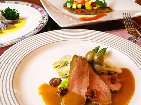 新感覚の創作料理をテーマに素材の持ち味を活かした料理をご用意。