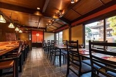 大切な方とのお食事に。ゆったりくつろげるテーブル席で「京料理」と「フレンチ」をお楽しみください。