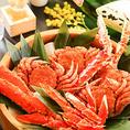 「いろりあん」では北海道の海の幸をリーズナブルにご提供!ホッケやカニ、いくら、ボタンエビなど道産魚介を多数取り揃えております