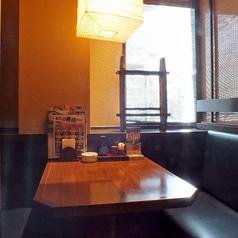 各種テーブル席を取り揃えております。職場の方やお友達とお気軽にご来店ください!