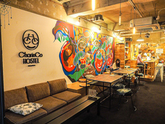 International Bar CharinCo Hostel Osakaの写真