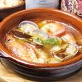 料理メニュー写真魚介のアヒージョ(バケット付)