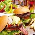 本場アメリカのハンバーガーもございます!