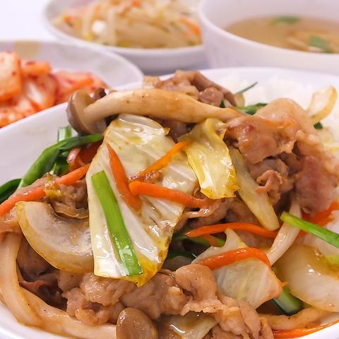 全品テイクアウトOK!韓国の家庭料理を心を込めたおもてなしとともに