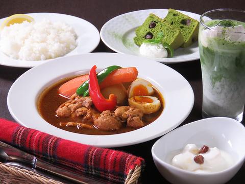 スープカレーや、日替わり定食など、ご飯にもこだわってご提供する、木更津のカフェ♪