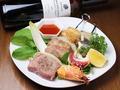 料理メニュー写真【new!!】春のBBQ風 ブロシェットの盛合せ