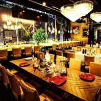 雰囲気抜群のRestauran&Bar空間。