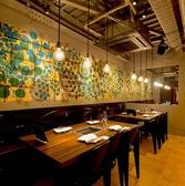 通常のテーブル席でもデザイナーズの店内空間で圧倒的にオシャレにお食事をお楽しみ頂けます♪