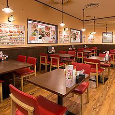 【1~2名】お1人様のサクッとご飯ならこちらのお席でいかがでしょうか♪周りを気にせず当店自慢の韓国料理をご賞味ください☆どなたでもお気軽にお越しくださいませ♪李朝園 住道店でお待ちしております♪【住道/韓国料理/食べ放題/女子会/ホルモン/キムチ/宴会/安い/サムギョプサル/チヂミ/ランチ/焼肉/飲み放題】