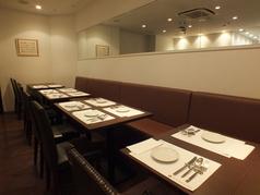 テーブル 34席