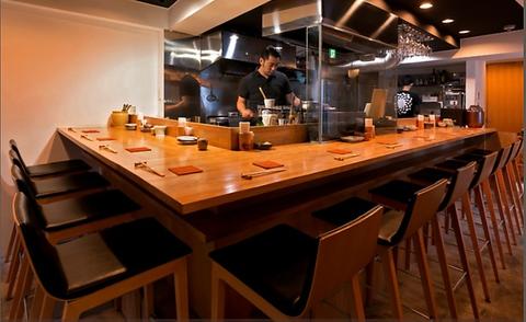 21時までコースのみの受付。毎日仕入れる旬な食材、鮮魚・炭火焼の和食居酒屋。