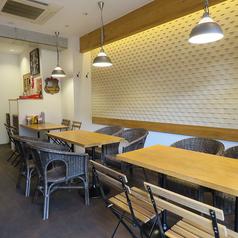 ハンバーガーとクラフトビールの研究所 T's★LAB ティーズスターラボの雰囲気1