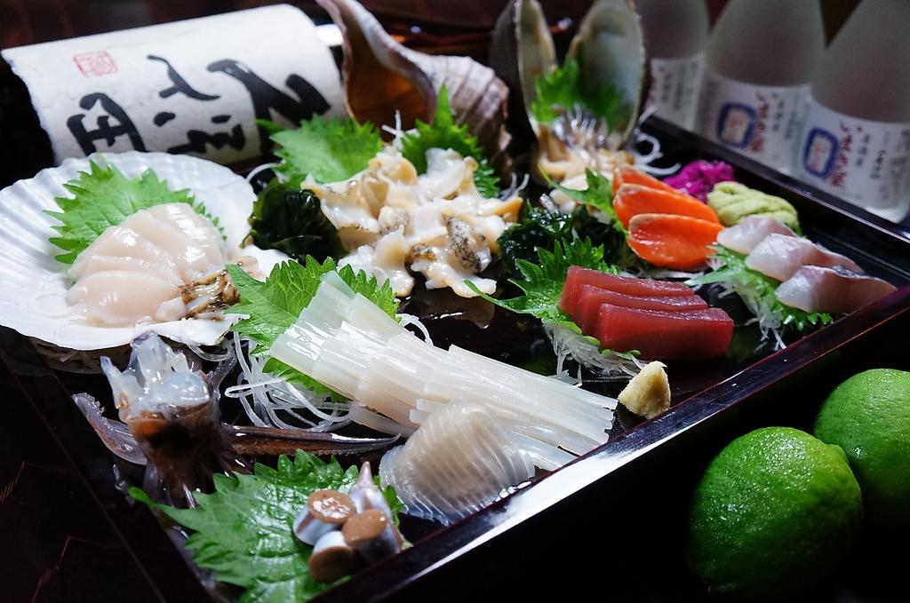 函館の新鮮素材!生簀から獲ってすぐ食べるので鮮度は◎お酒が進みます!